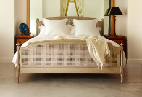 Mahogany Wooden Beds