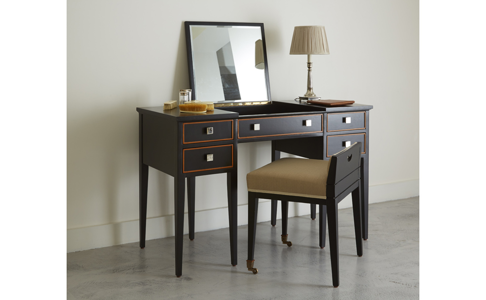 Torberry dressing table
