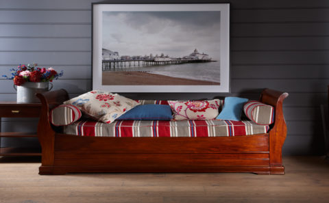 Traditional Sofa Bed