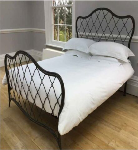 Simon Horn Trellis Metal Bed
